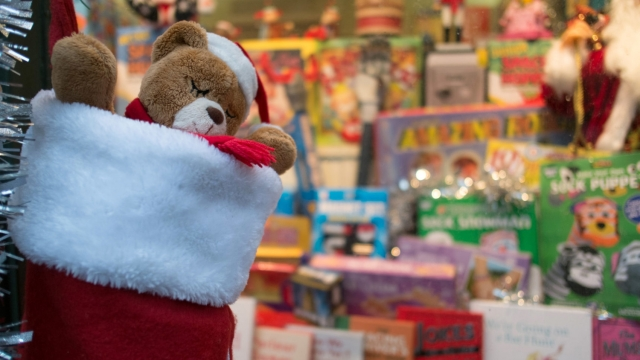 Article thumbnail: Christmas shopping is a three-month retail campaign by the industry (Photo: Matt Cardy/Getty Images)