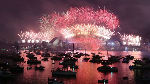 The fireworks at Sydney, Australia on New Year's Eve on 1 January 2016 (Getty Images)