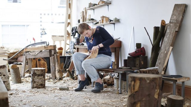 JoJo Wood is offering the public the chance to learn how to woodwork (Photo: Rankin/Airbnb)