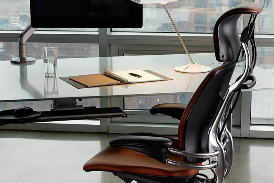7 Best Ergonomic Office Chairs To Take Care Of Your Back
