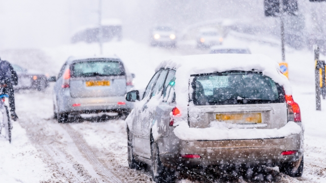 Article thumbnail: Driving in winter
