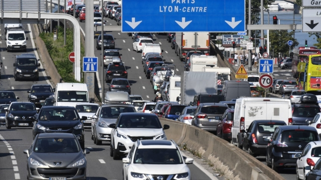 UK motorists may require an International to use the roads in the EU from 29 March (Photo: Getty Images)