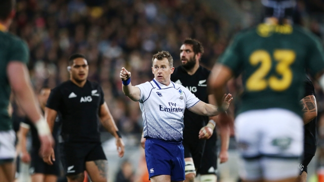 Referee Nigel Owens refereeing during the Rugby Championship match between the New Zealand All Blacks and the South Africa Springboks, 15 September 2018 (Getty Images)