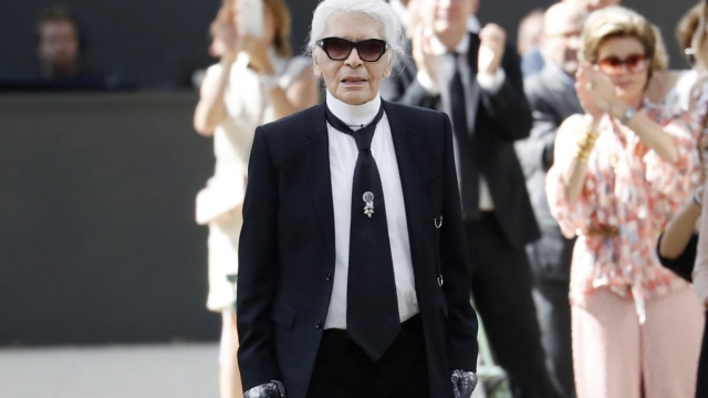 Karl Lagerfeld Chanel Designer Dies At The Age Of 85 After Weeks Of Ill Health