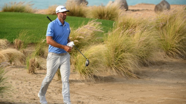 Dustin Johnson takes a six shot lead into the weekend (Getty Images)
