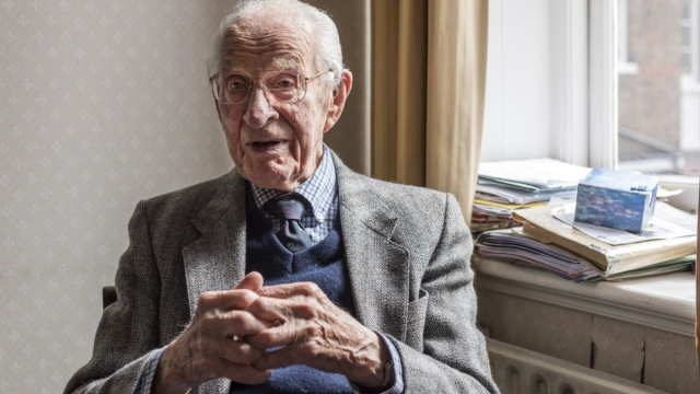 Bill Frankland, Britain's oldest doctor (Photo: Dave Guttridge/The Photo Unit)