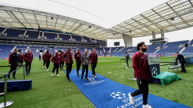 Liverpool players check out Porto's Estadio do Dragao (Getty Images)