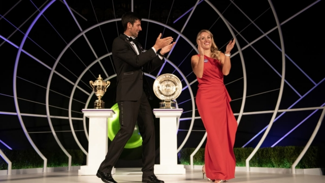 Wimbledon singles winners Novak Djokovic and Angelique Kerber with their trophies (Getty Images)