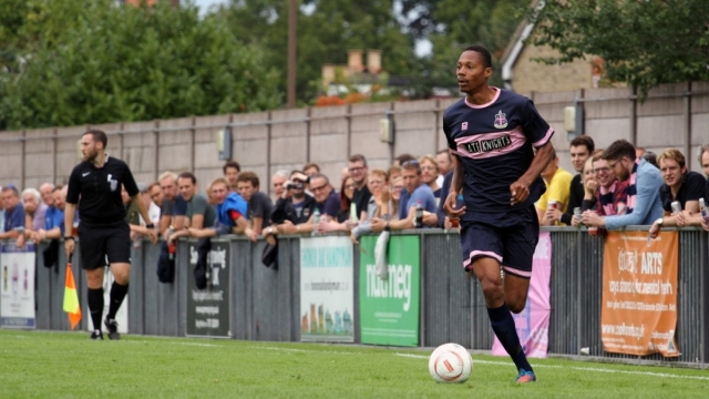 Ethan Pinnock in action for Dulwich Hamlet