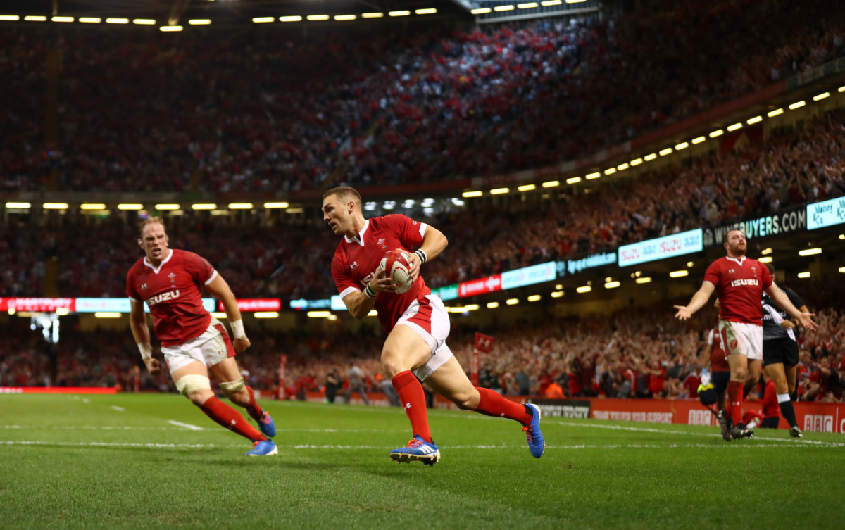 Wales climb to No 1 spot in rugby's world rankings