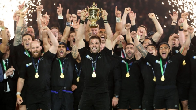 Richie McCaw of New Zealand lifts the trophy after winning the 2015 Rugby World Cup Final against Australia on 31 October 2015 (Getty Images)
