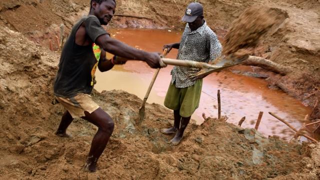 diamond miners in sierra leone