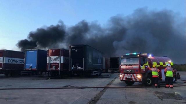 whirlpool trailers on fire