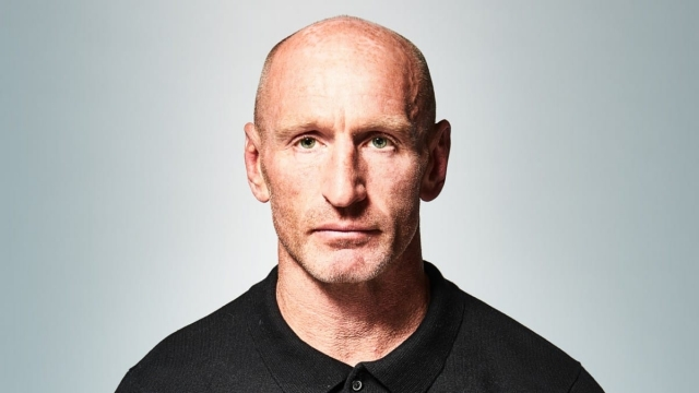 Rugby legend Gareth Thomas is 'overwhelmed' and 'hopes he inspires others' after HIV announcement