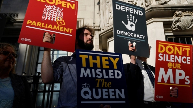 Brexit protesters started queuing outside the Supreme Court from 5am ahead of landmark case