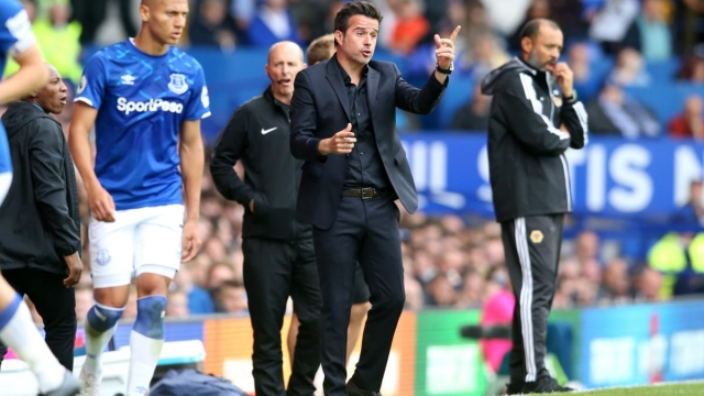 Marco Silva, Manager of Everton gives his team instructions against Wolverhampton Wanderers (Getty Images)