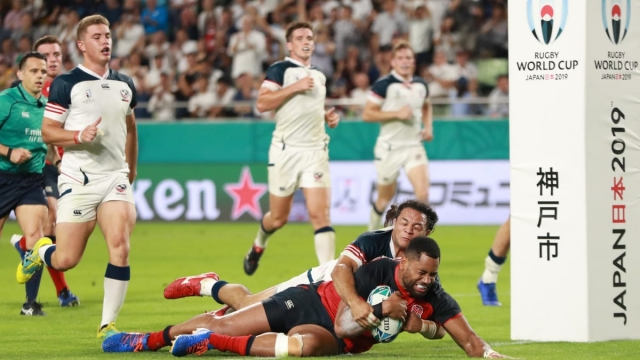 Article thumbnail: Joe Cokanasiga of England scores England's seventh try against the USA (Getty Images)