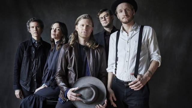 The Lumineers (L-R: Byron Isaacs, Lauren Jacobson, Wesley Schultz, Stelth Ulvang and Jeremiah Fraites) (Photo via Rebecca Homer)
