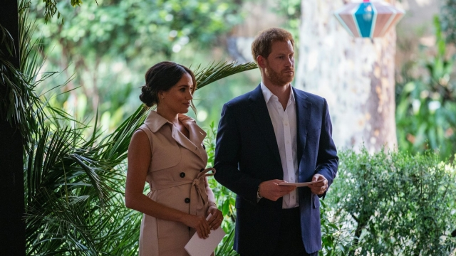 Article thumbnail: Britain's Prince Harry, Duke of Sussex and Meghan, the Duchess of Sussex in South Africa. (Photo by Michele Spatari/AFP/Getty)