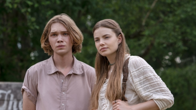 Charlie Plummer as Miles Pudge Halter and Kristine Froseth as Alaska Young in Looking For Alaska
