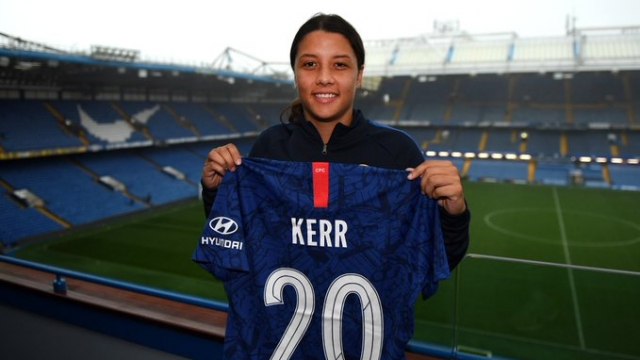Article thumbnail: Sam Kerr signs for Chelsea