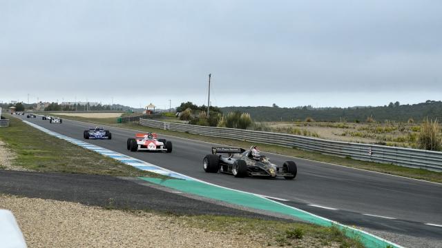 Article thumbnail: Pre-86 F1 cars at Estoril Classics