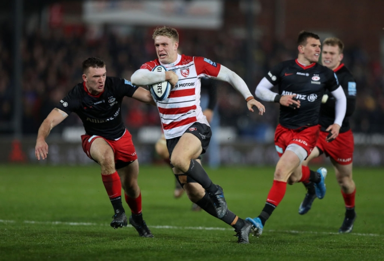 Ollie Thorley of Gloucester breaks with the ball against Saracens on 9 November 2019 (Getty Images)