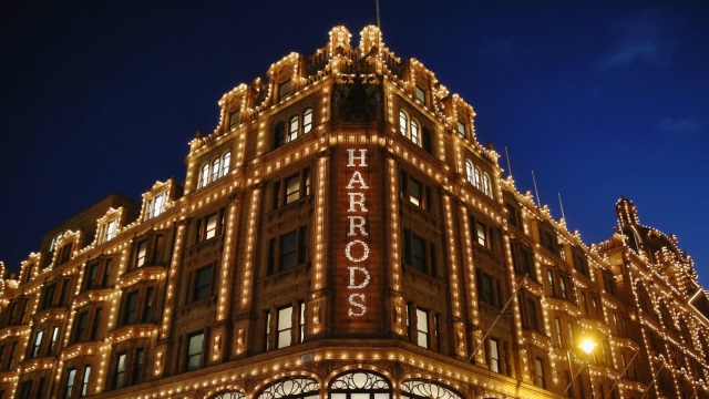 Despite complaints over Harrods Christmas grotto £2,000 restriction, bookings have already sold out (Photo: Dan Kitwood/Getty Images)