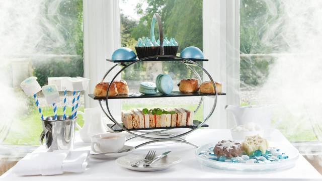 The Frozen 2-themed tea (photo: Luxury Family Hotels)