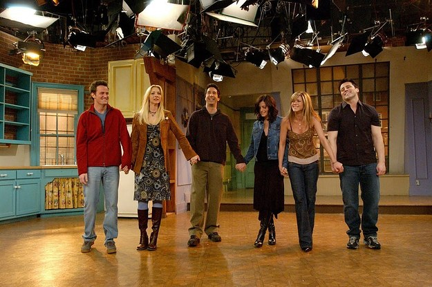 The Friends cast take their final bow (Photo: NBC)