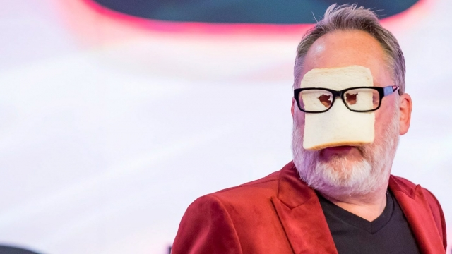 Vic Reeves serves up silliness in the Big Night Out