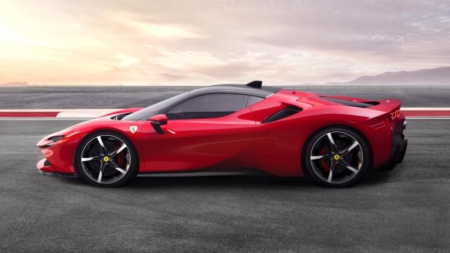 Article thumbnail: Ferrari SF90 Stradale