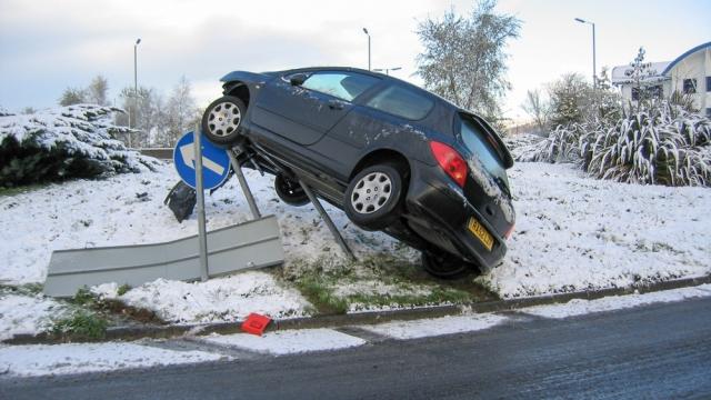 car crash on roundabout
