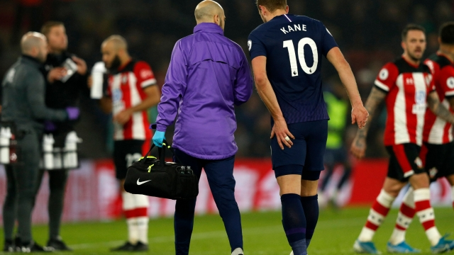 Article thumbnail: Harry Kane has undergone surgery to repair his hamstring (Photo by ADRIAN DENNIS/AFP via Getty Images)