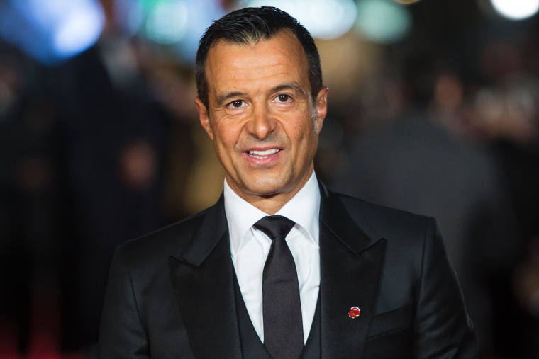 Portuguese football agent Jorge Mendes poses on arrival for the world premiere of the film Ronaldo in central London on November 9, 2015. / AFP / JACK TAYLOR (Photo credit should read JACK TAYLOR/AFP via Getty Images)