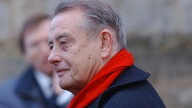 Derek Fowlds died after suffering from pneumonia that led to heart failure caused by sepsis