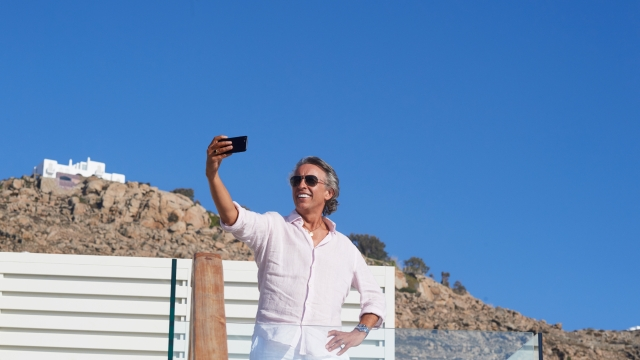 Steve Coogan smiles for the camera in Greed (Photo: Sony)