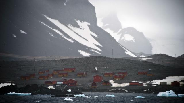 The Argentinian Esperanza research base in 2014 (Photo: Vanderlei Almeida/AFP via Getty Images)