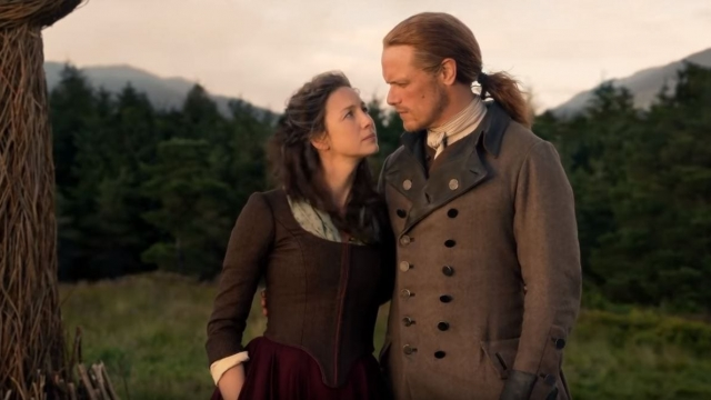 Article thumbnail: Claire and Jamie Fraser in Outlander