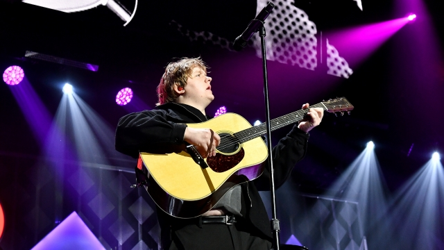 Article thumbnail: Lewis Capaldi performs in Atlanta, Georgia