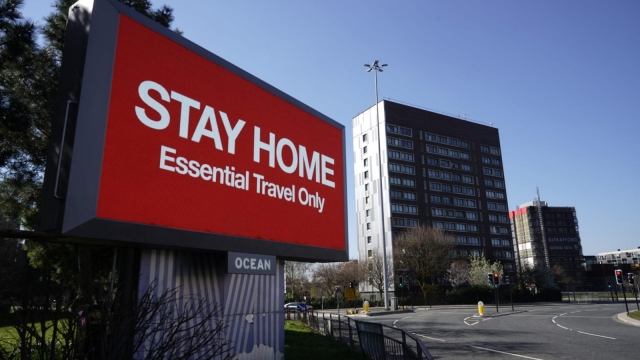 Article thumbnail: UK stay home sign
