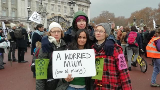 Jenny Gow, right, is among the members of the campaign group 'Mothers Rise Up!' (Photo: Jenny Gow)