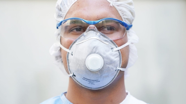The most sought-after PPE is a FFP3 mask, with provides the highest safety levels, but they are in short supply globally (Photo: Sean Gallup/Getty Images)