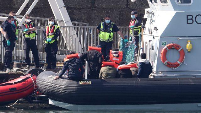 Dover migrants