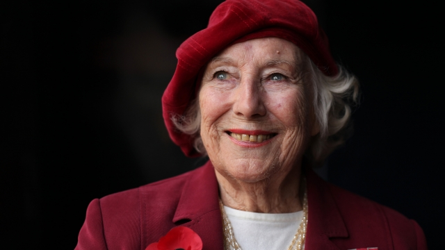 Article thumbnail: Forces sweetheart Dame Vera Lynn poses for photographs in central London, on October 22, 2009